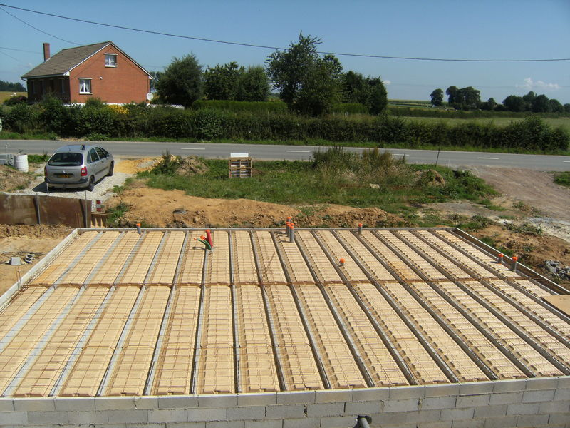 Plancher beton pret photo de la dalle 1er partie la for Pret construction