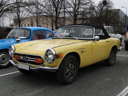 HONDA S 800 Convertible version US 1966 1970 Salon Champenois du Vehicule de Collection de Reims 2010 1