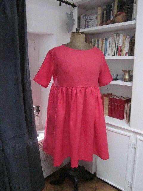 Une robe RAYMONDE en lin fushia pour Chantal...