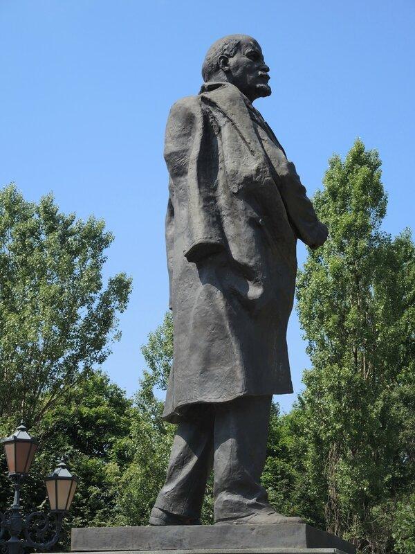 Kaliningrad, statue de Lenine, profil