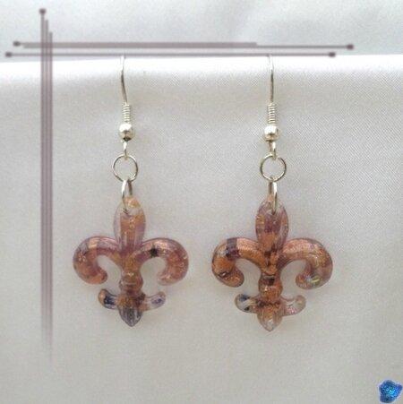 Boucles d'Oreilles Fleur De Lys Améthyst Translucide Verre de Murano