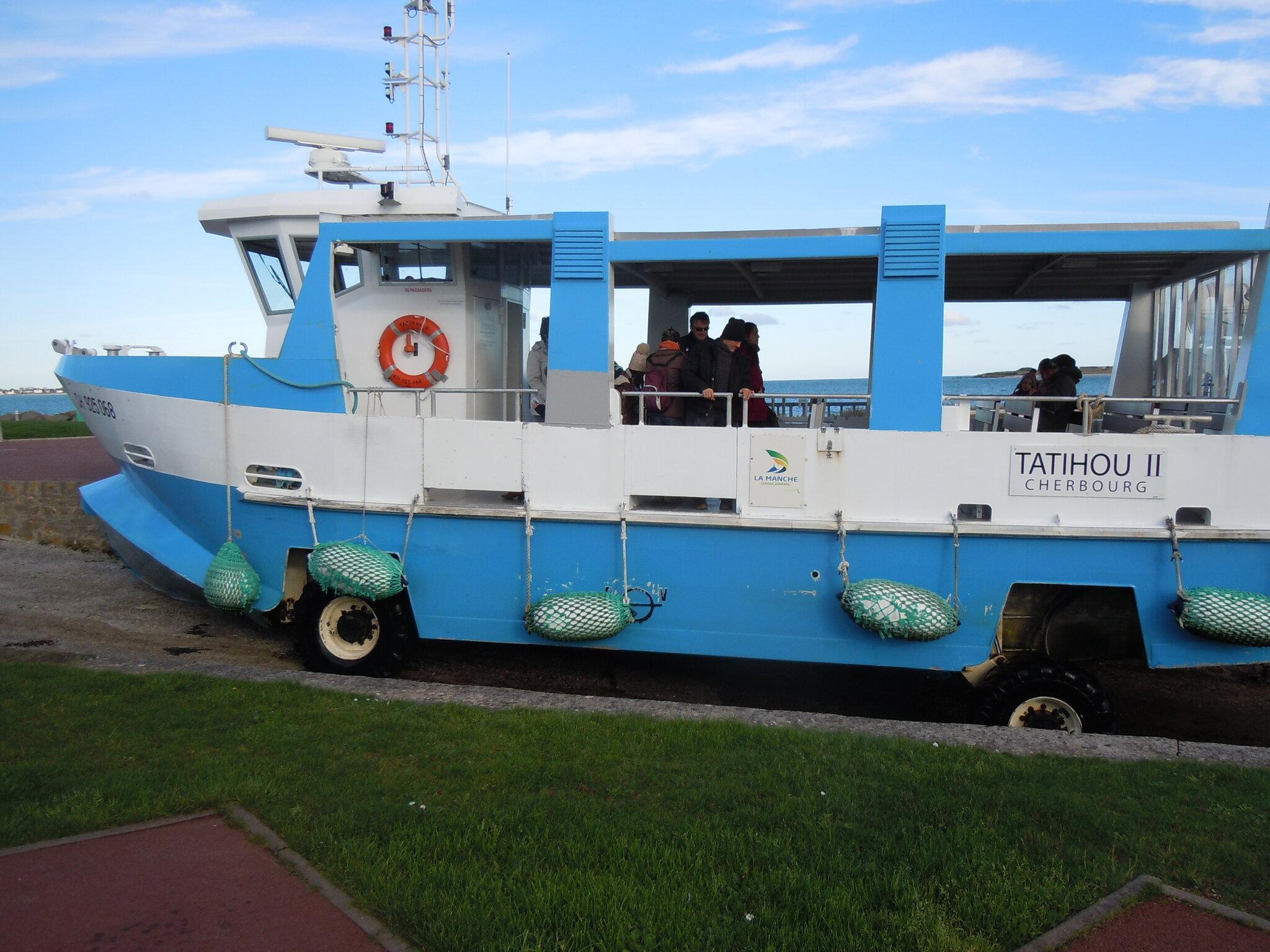 Maman les petits bateaux ont ils des roues carton et - Bateau sur roues ...