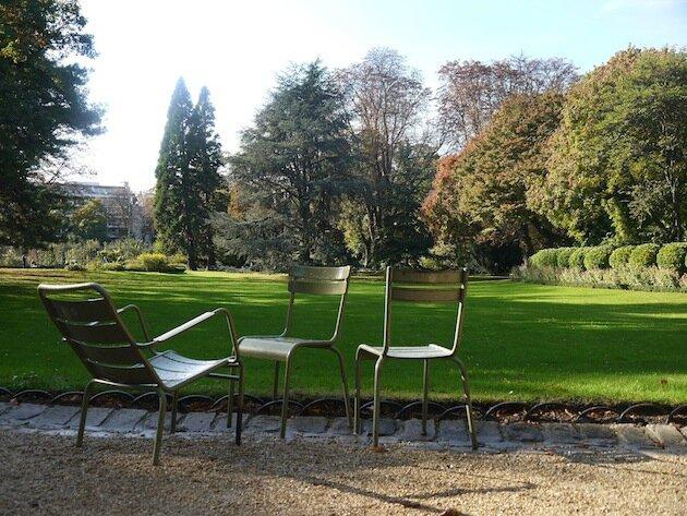 Jardin du Luxembourg Paris chaises 3