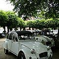 Rassemblement de voitures anciennes à presles-en-brie (77)
