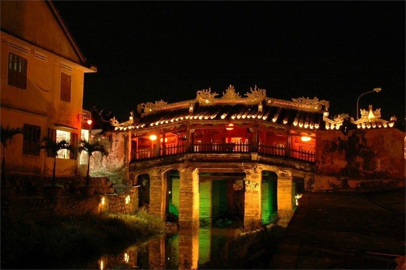 Photos-la-nuit-a-travers-le-prisme-de-la-Vietnam-5