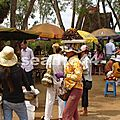099_route de Kratie_village de Skuon_marché