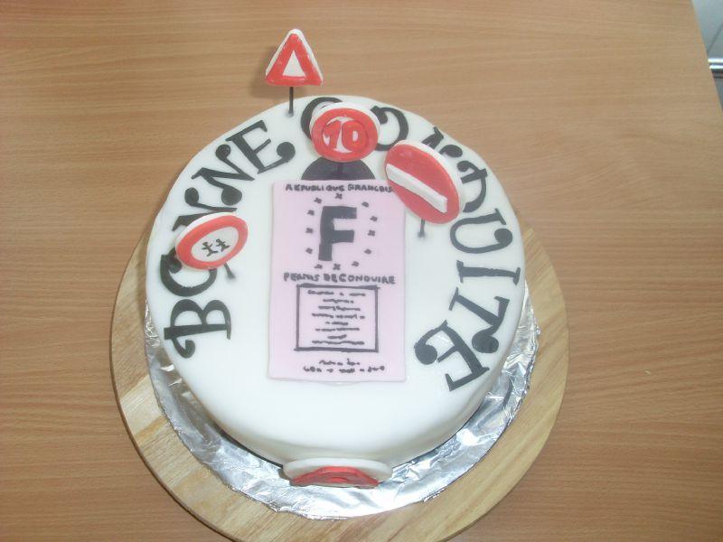 Top Gâteau pour célébrer l'obtention du Permis ! - Julia's Wedding  XT25
