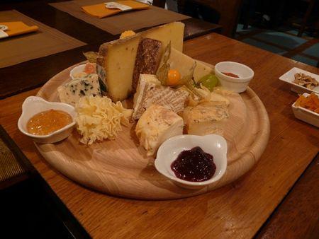 Une saint valentin qui sent bon le fromage tambouille et gourmandise - Faire une raclette originale ...