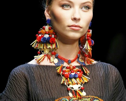 dolce-gabbana-spring-summer-2013-earrings2
