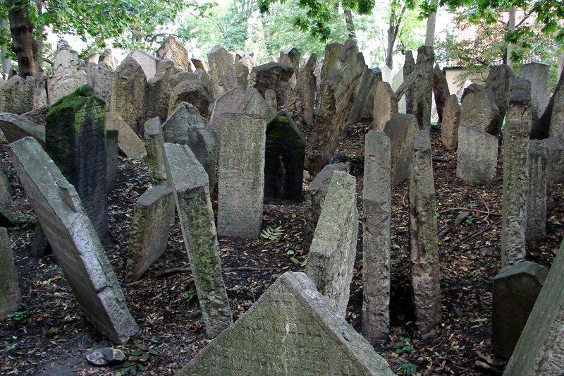 Prague cimetière juif 18