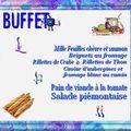 Buffet bleu des entrées et des plats...