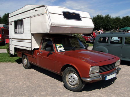 PEUGEOT 504 Pickup avec cellule Camper Rohan Locomotion de Saverne 2010 1