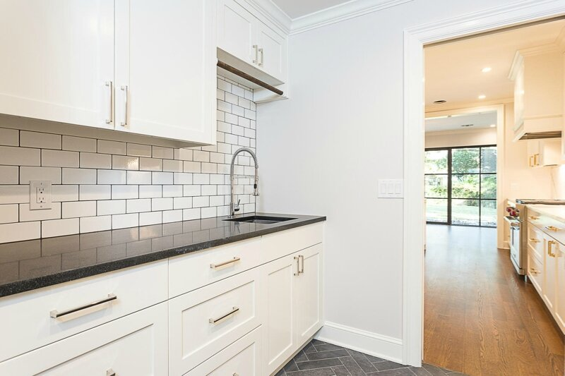2501-Jarratt-Ave-Austin-TX-large-014-19-kitchen10-1500x1000-72dpi