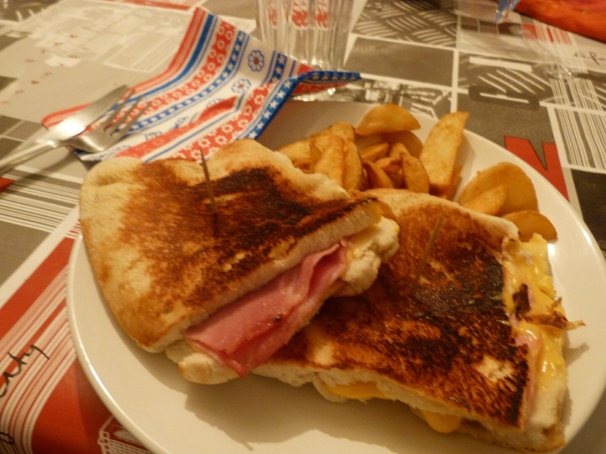 Grilled cheese sandwich sandwich grill am ricain for Grille de cuisine
