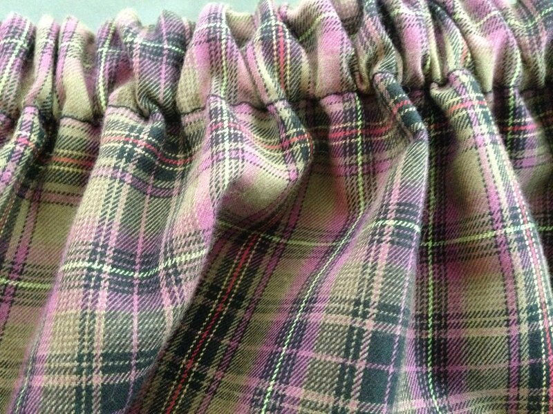 jupe coton tartan doublure fond kaki petits motifs modele maison taille élastiquée 12A 5