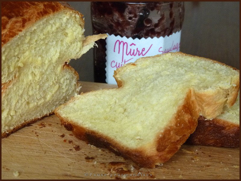 Brioche extra moelleuse machine pain ou thermomix pause gourmandises - Pain de mie machine a pain ...
