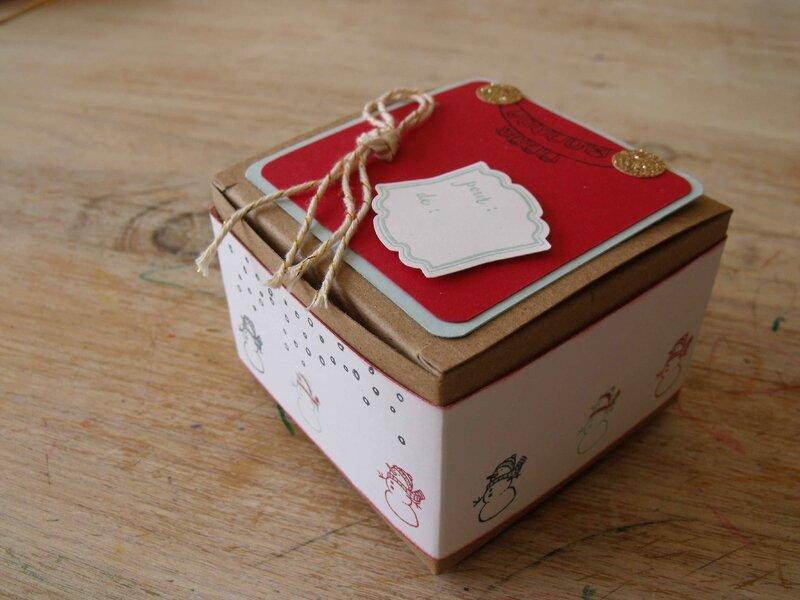 Boite kraft décorée set tampon Noël blanc