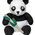 Giant panda - sarah keen - knitted wild animals
