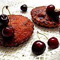 Minis cakes chocolat blanc, cerises et grain de riz soufflés au choco :)
