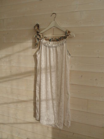 robe japan couture velours fin blanc et liberty Lauren ...