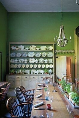 private-dining-room-at-the-pig-at-combe-hotel-devon-conde-nast-traveller-18oct16-james-merrell_264x396