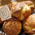 Cheese popover comme au blt de new york, new york city's blt cheese popover