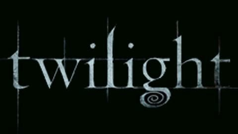 twilight-4-prochain-film-sera-hot-L-1
