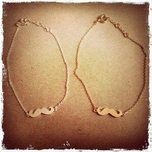 tiny-moustache-bracelet