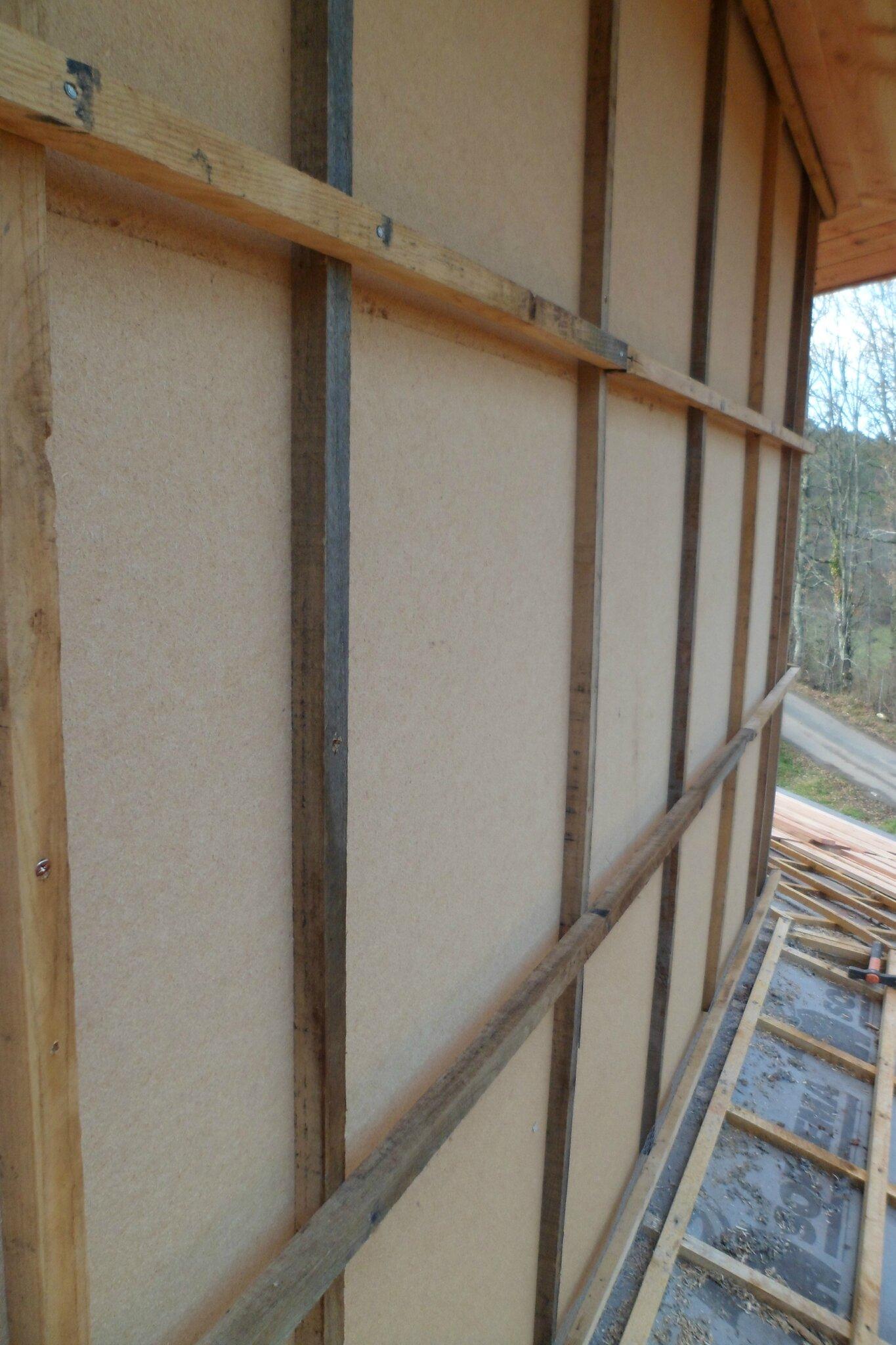Bardage bois octodomus notre maison octopassive - Fixation bardage bois exterieur ...
