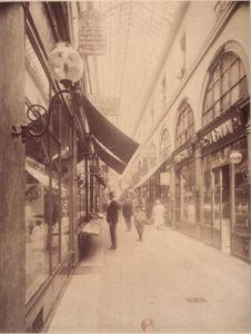 Passage_Choiseul_rue_des_Petits_Champs_1907