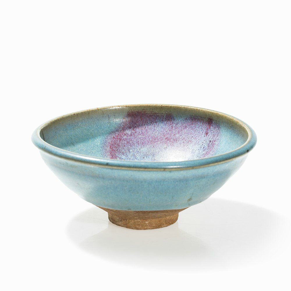 Lavender Glazed Junyao Bowl with Deep Purple Splash, Yuan dynasty (1279-1368)