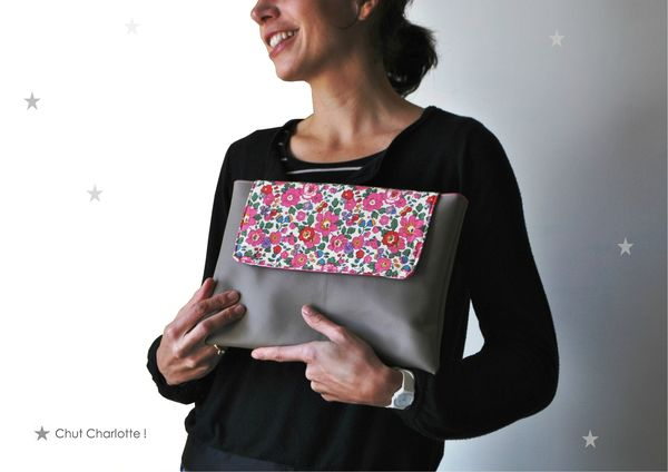 Pochette Ipad Taupe Liberty (4bis)