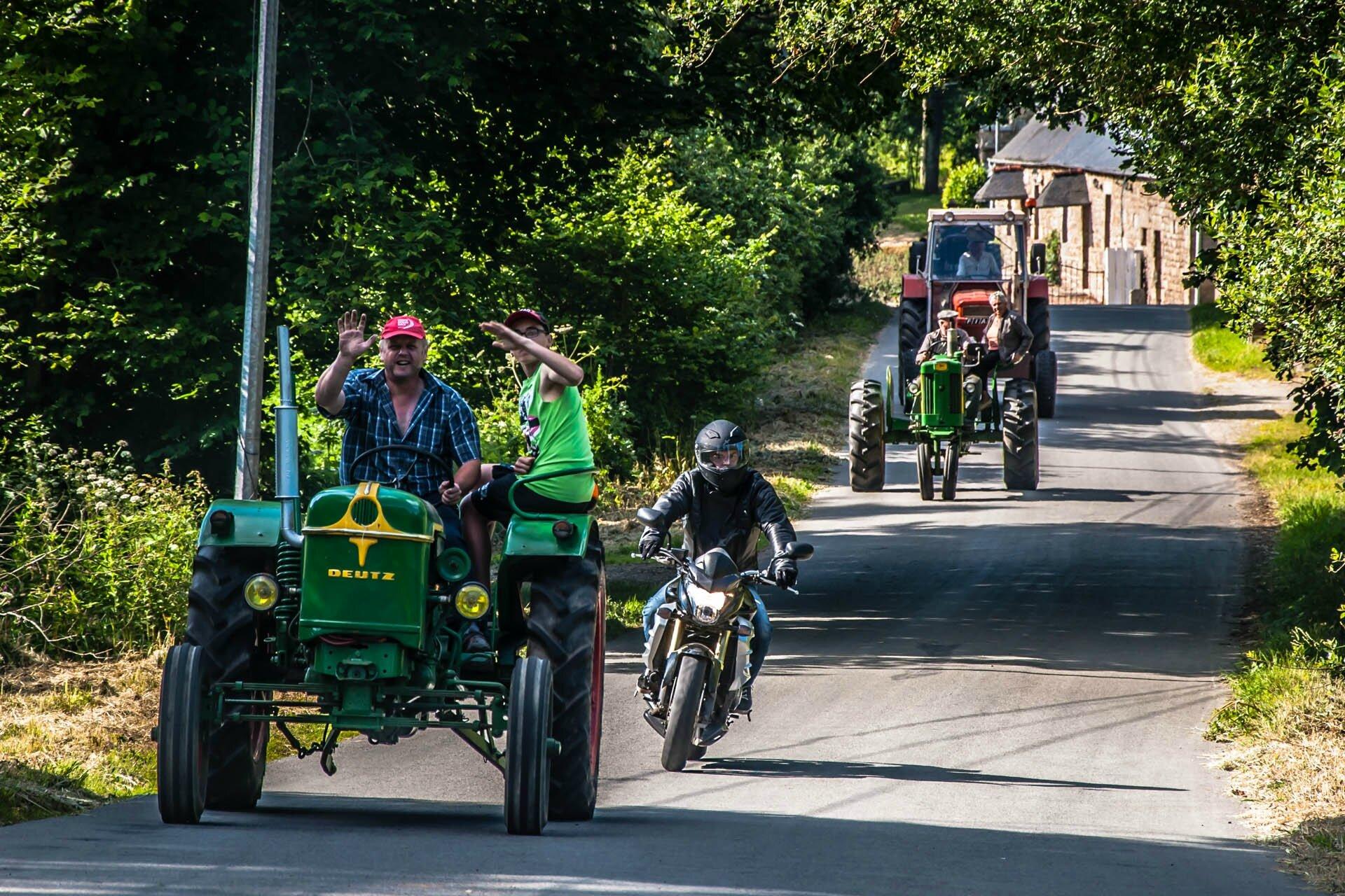 140614_181213_pluzu_tracteurs