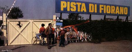1982_Fiorano_9_mai_cancello_e_fiori