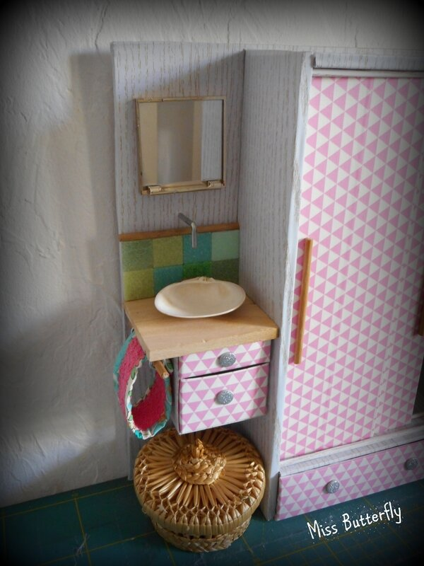 armoire lavabo Barbie studio (2)