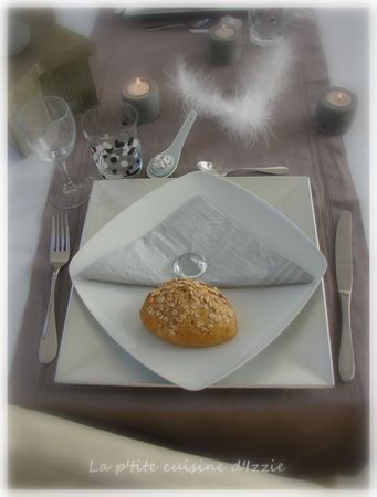 Table_de_f_te_gris_beige