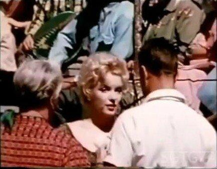1956-greene_home_movie-bus_stop-cap19