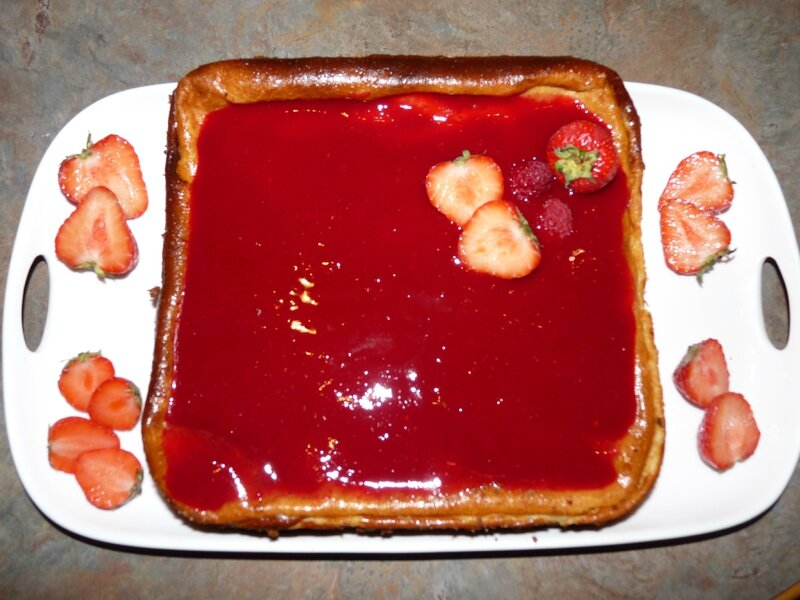 Cheesecake et son coulis de framboises