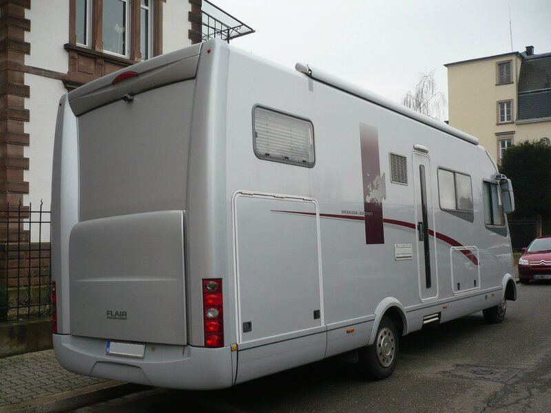 IVECO Daily camping car Flair 8000i Niesmann + Bischoff Strasbourg (2)