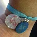 Le bracelet sur ruban élastique de Nathalie