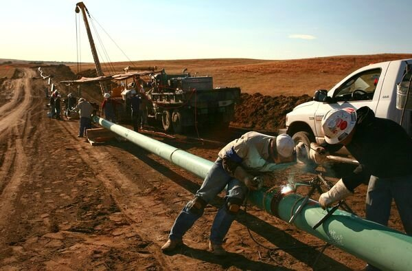 north-dakota-oil-boom-pipeline