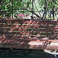 Les bancs du jardin botanique de montréal