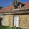 Fenêtres dans le toit avant et arrière des futurs chambres