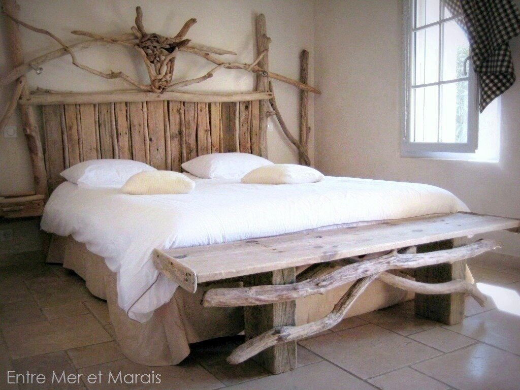 t tes de lit en bois flott entre mer et marais cr ations en bois flott. Black Bedroom Furniture Sets. Home Design Ideas