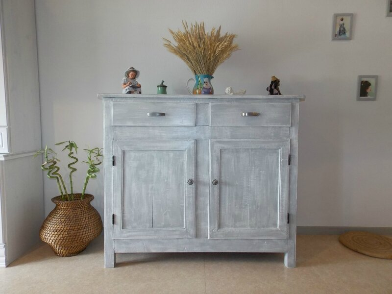 Buffet et coiffeuse gris effet blanchi kr ative d co for Peinture sur bois cire