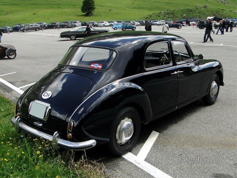 lancia-aurelia-b10-berlina-1951-b