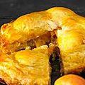 Feuillete de rillettes d 'oie aux abricots .