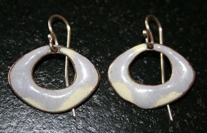 BO émail coquelicot gris perles