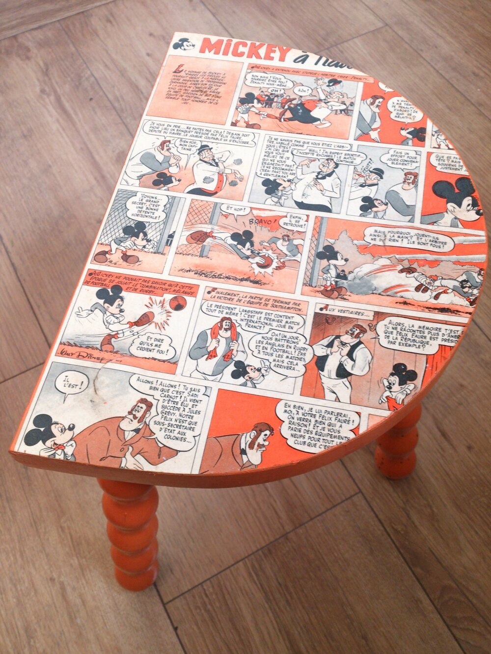 tabouret mickey