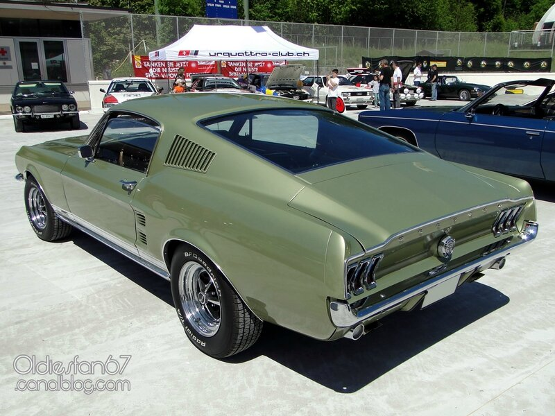 ford-mustang-gta-fastback-1967-02